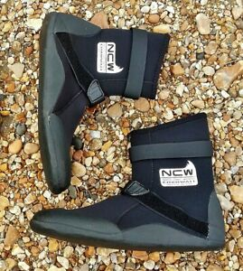 5mm lined wetsuit surf boot Good 4 all seasons