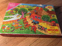 Vintage Falcon Wooden Jigsaw Puzzle. 48 Pieces Country Scene.