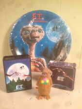 UNIVERSAL STUDIOS E.T. Paper Plate , Walking TOY, Soap COLLECTIBLE Lot Of 4