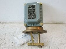 Square D 9037 EW-9 Float Switch  (New no Box)