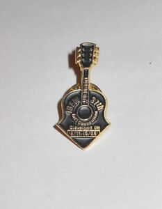 IBEW 11th District 37 Int convention Cleveland Ohio 9/11 15/06 Guitar Lapel pin