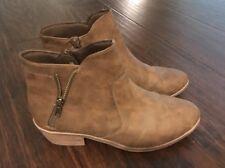 Women's Suede Black Booties - Brown Both Size 6.5 - Trendy