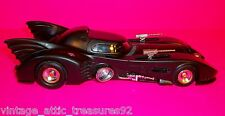 "BATMAN ""BATMOBILE"" plastic model from 1st movie & DC Comic Books"