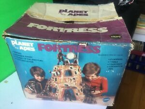 MEGO PLANET OF THE APES FORTRESS 100% COMPLETE & 100% ORIGINAL IN ORIGINAL BOX