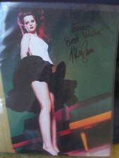 Mena Suvari autograph Auto 8 x 10 color photo American Beauty American Pie