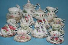 ROYAL ALBERT - FLOWER OF THE MONTH - TEA SERVICE PIECES