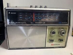 VINTAGE HITACHI WH-1060R  4 BAND TRANSISTOR RADIO MW/SW (2-116)