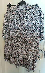 """EASTEX  SHORT SLEEVE FLORAL TWO PIECE  SIZE 20 WITH PLEATED SKIRT LENGTH 31"""""""
