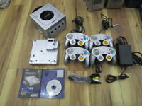 Nintendo GameCube Console Silver w/controller GameBoy Player+Startup Disc S139