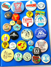COLLECTION OF 30 VINTAGE TIN ADVERTISING BADGES incl Liverpool FC