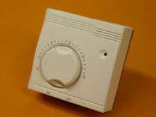 Celect Frost Thermsave Room Thermostat 16 Amp (TR2FROST)