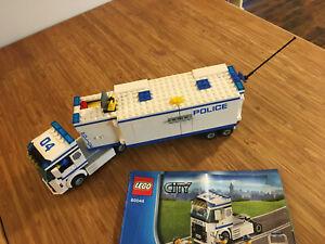 Lego City Town Set 60044 Mobile Police Unit (2014).