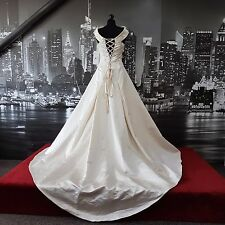 Viginia Law Sequinned lace up Wedding Gown with Train (Size 10) Tag says £999