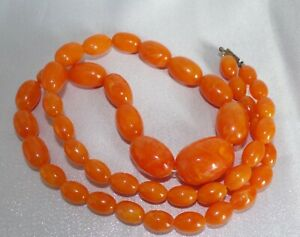 Vintage Butterscotch Egg Yolk Amber Graduated Bead Necklace 64g