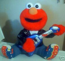 ROCK AND ROLL ELMO~1998 TYCO~SINGS AND PLAYS GUITAR