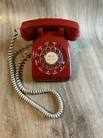 VINTAGE RED ROTARY DIAL DESK PHONE BELL SYSTEMS WESTERN ELECTRIC