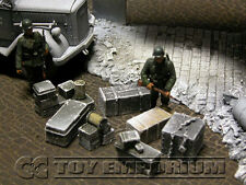 """RETIRED"" Build-a-Rama 1:32 Hand Painted Deluxe Crate, Gear & Box Set  - Winter"