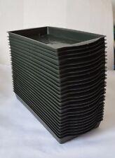 Single green plastic brick florist trays x 25
