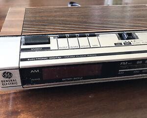 Vintage GE 7-4634B Wood-Grain AM FM Clock Radio Alarm Digital Cleaned Tested