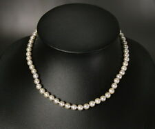 GREY AKOYA PEARL NECKLACE w. SOLID GOLD CLASP