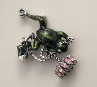 Vintage style Frog Brooch in enamel on metal