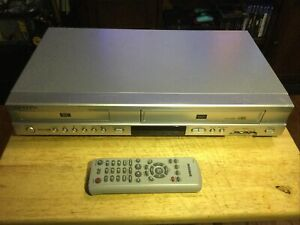Samsung DVD-V4600A DVD VCR Combo 4-Head HiFi VHS Player TESTED With Remote