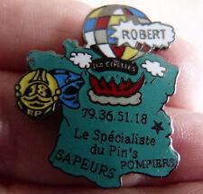 PIN'S SAPEURS POMPIERS CASQUE CARTE DE FRANCE MONTGOLFIERE ROBERT