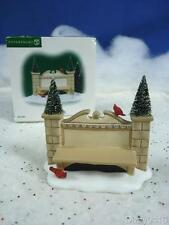 Dept 56 Village Accessories Village Sign and Bench #52882 (a910)