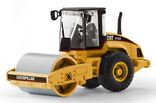 Norscot 55155 CAT Caterpillar CS-563E Smooth Drum Soil Compactor 1:87 DieCast