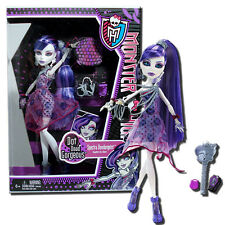 Monster High Dot Dead Gorgeous Spectra Vondergeist 11-Inch Fashion Doll -Mattel