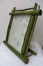 schöner Bilderrahmen mit Glas u. Halter * 26x23cm starkes Bambus Holz natur grün