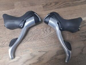 Shimano ST-R700 Shifters 3 X 10 speed Ultegra Quality. Rare to Find.
