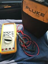 Fluke 289 true rms multimeter With Case And Accessories.