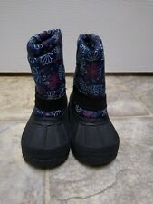 Baby Girl Snow Boots Size 6 So Cute Name Brand Is Unknown good condition