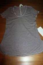 Lululemon Circadian SS Tee MPMB sz 4 NWT black and light pink sold out v-neck