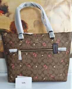 NWT COACH SIGNATURE BUTTERFLY PRINT GALLERY KHAKI BROWN PINK TOTE 2712