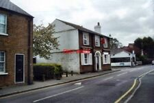 PHOTO  2006 THE RED LION PUBLIC HOUSE HIGH STREET ST. MARY CRAY KENT AN UNPRETEN
