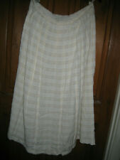 """M&S Ladies Fully Lined Cream Skirt Size 16 Lenth 29"""" with Side Splits 14"""""""
