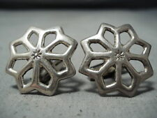 EXCEPTIONAL VINTAGE NAVAJO NATIVE AMERICAN STERLING SILVER CUFF LINKS