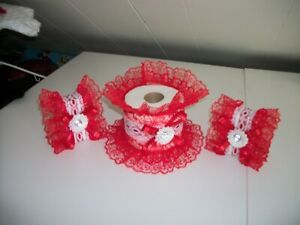 3PC ALLOVER RED DECORATED SOAP AND TISSUE COVER SET