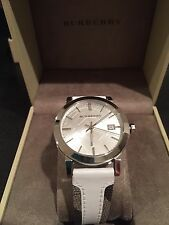 Burberry BU9019 Large Check Leather Strip On Fabric Unisex Watch