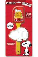 PEANUTS SNOOPY - COOKIE CUTTER & SPATULA GIFT SET - BRAND NEW - 15354