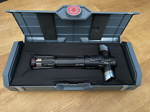 Star Wars Kylo Ren legacy lightsaber Galaxy edge NEXT DAY DELIVERY BRAND NEW