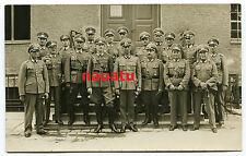Gruppen Foto Offiziere München Orden und Goldenes P. Abzeichen