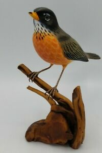 """American Robin on Driftwood Bird Decoy Wood Carving Lifesize 8"""" Signed Gorgeous"""