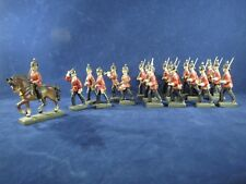 18 Lineol British soldiers, 12 marching, 1 mounted, 2 band, 2 officer, 1 flag