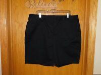 """Lands End Black Mid Rise Bermuda Chino Walking Shorts 10"""" Plus 16W (1X) Womens"""