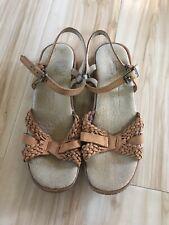 Famolare Rush Strappy Tan Sandals Women's Size 7 M Rare Vintage 1970s Mint