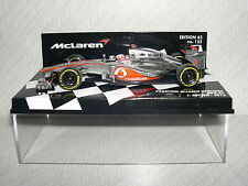 Minichamps Vodafone McLaren Mercedes MP4-27 J. Button 2012 -530-124303