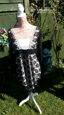 ~*~ Black Lace & Cream Dress Top ~*~ (Collection Size 12) ~*~Handkerchief Style~